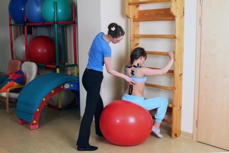 лечебная физкультура при сколиозе у детей