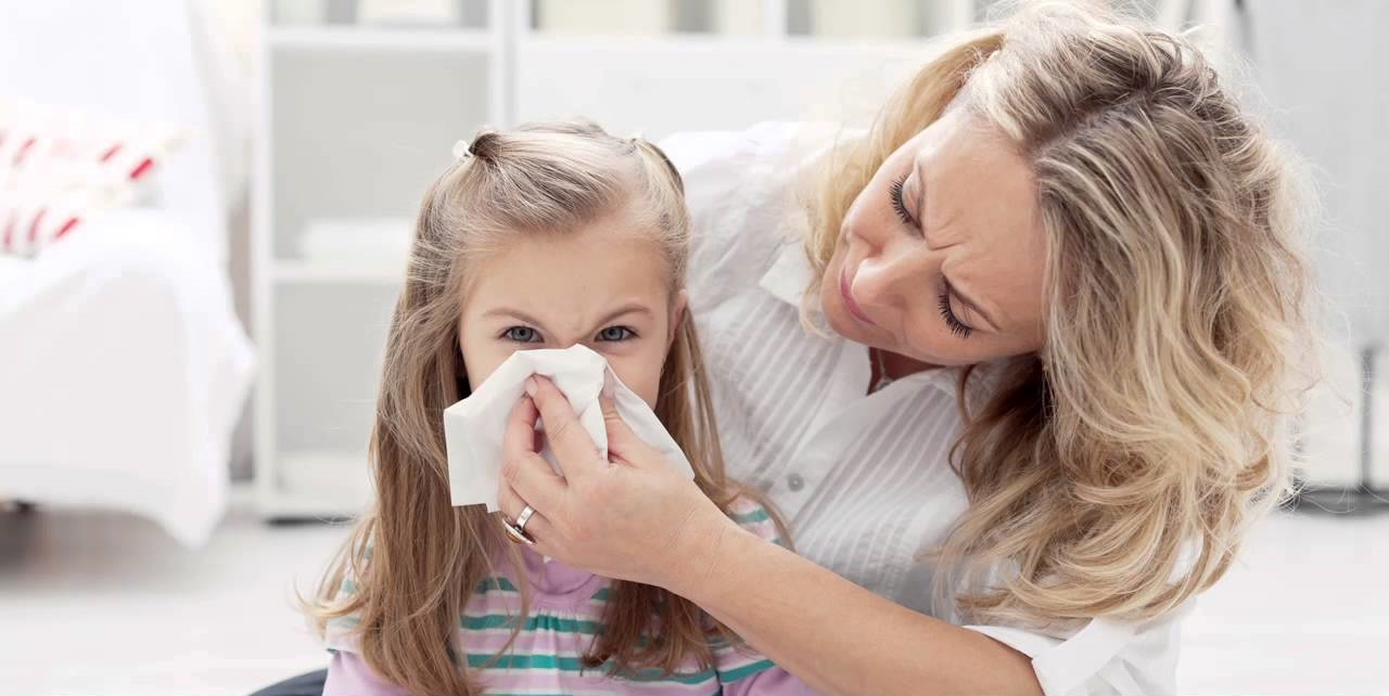 Как правильно промывать нос ребенку до года и старше